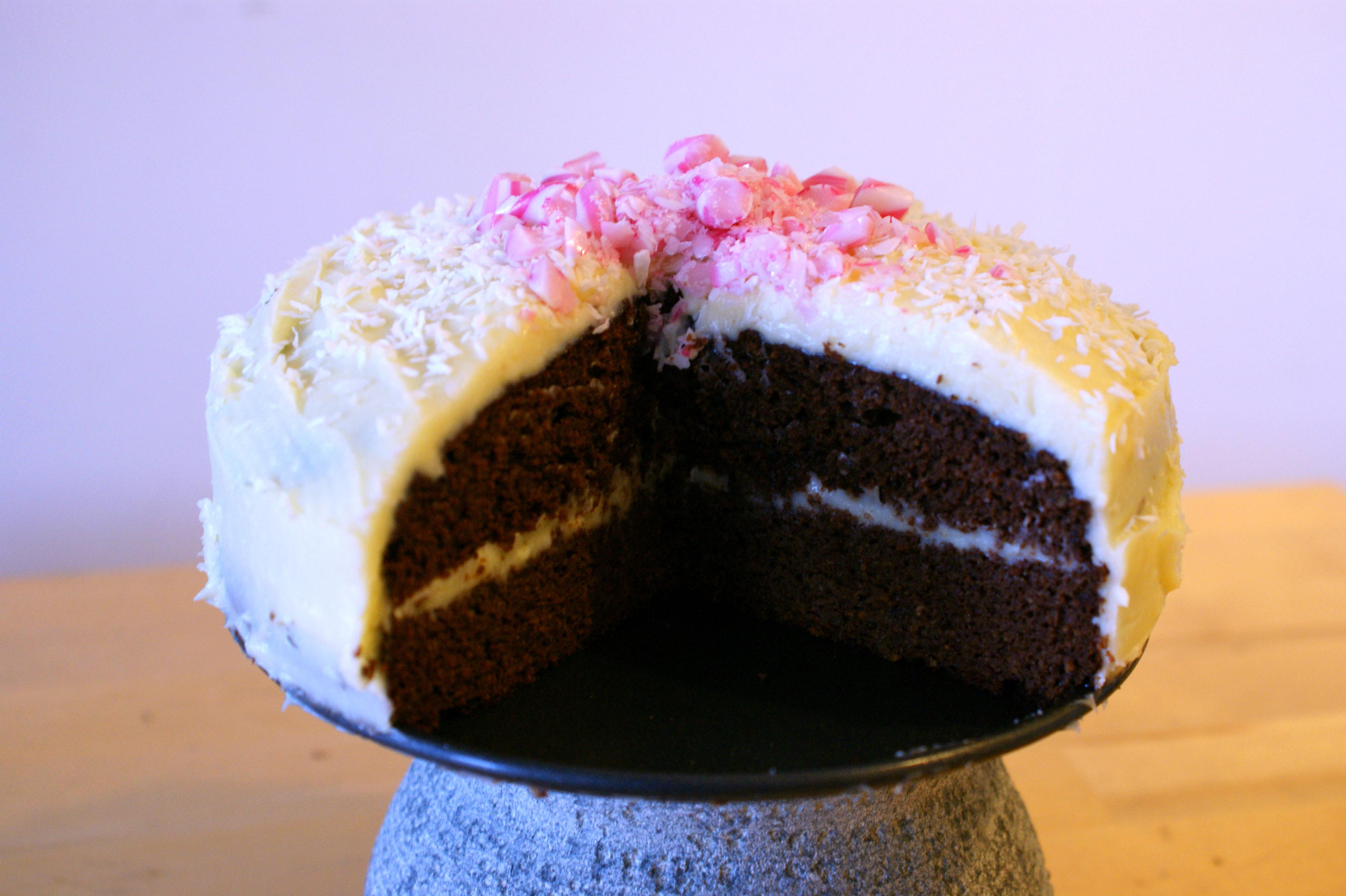red velvet cake met rode biet