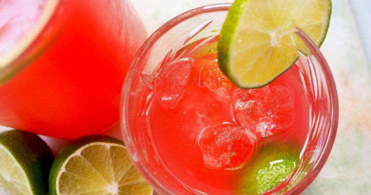 heerlijk frisse rabarber limonade met limoen