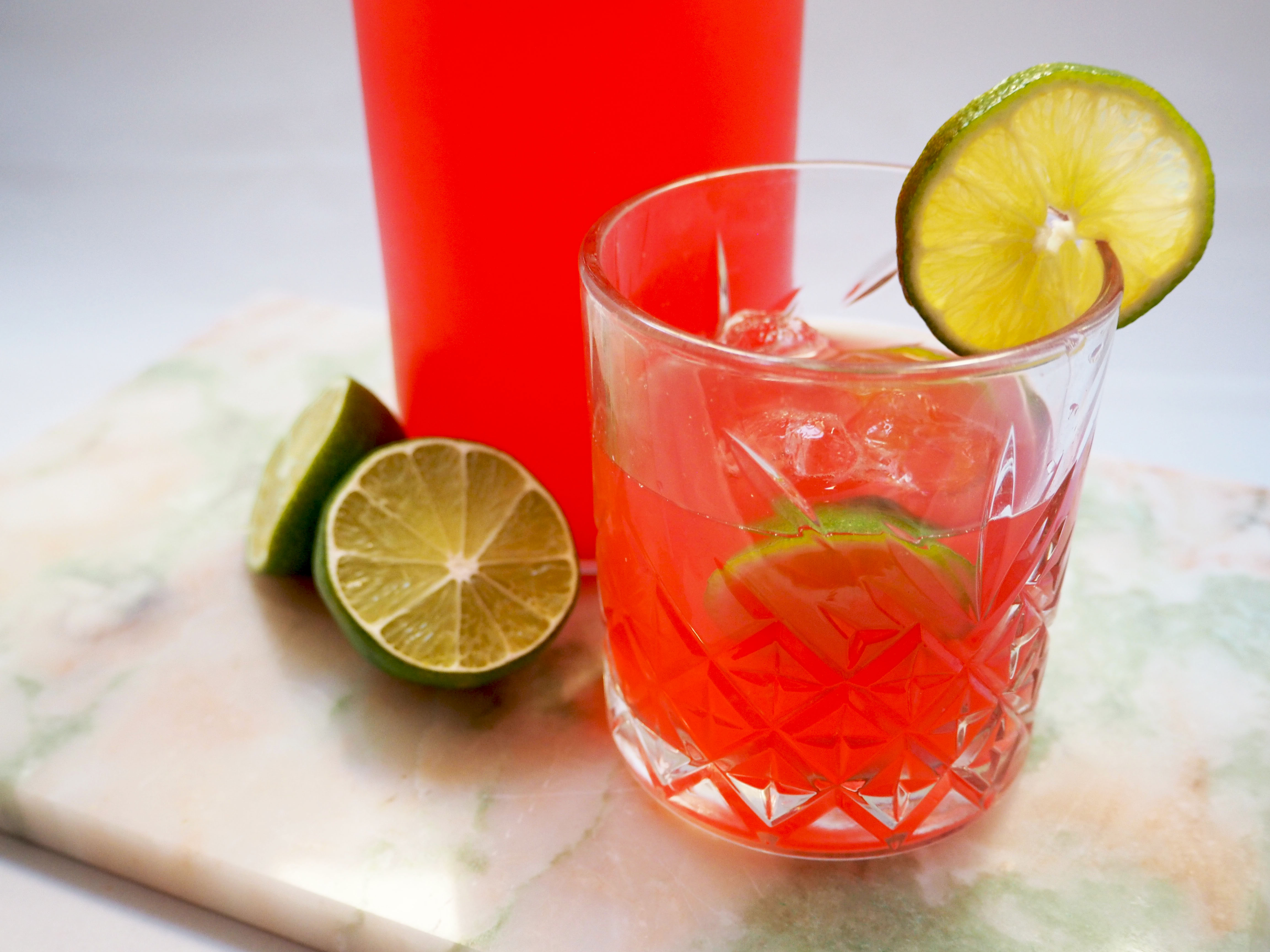 kuukskes rabarber limonade met limoen