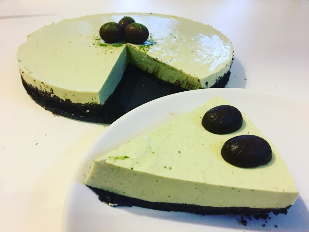 Matcha oreo no-bake cheesecake