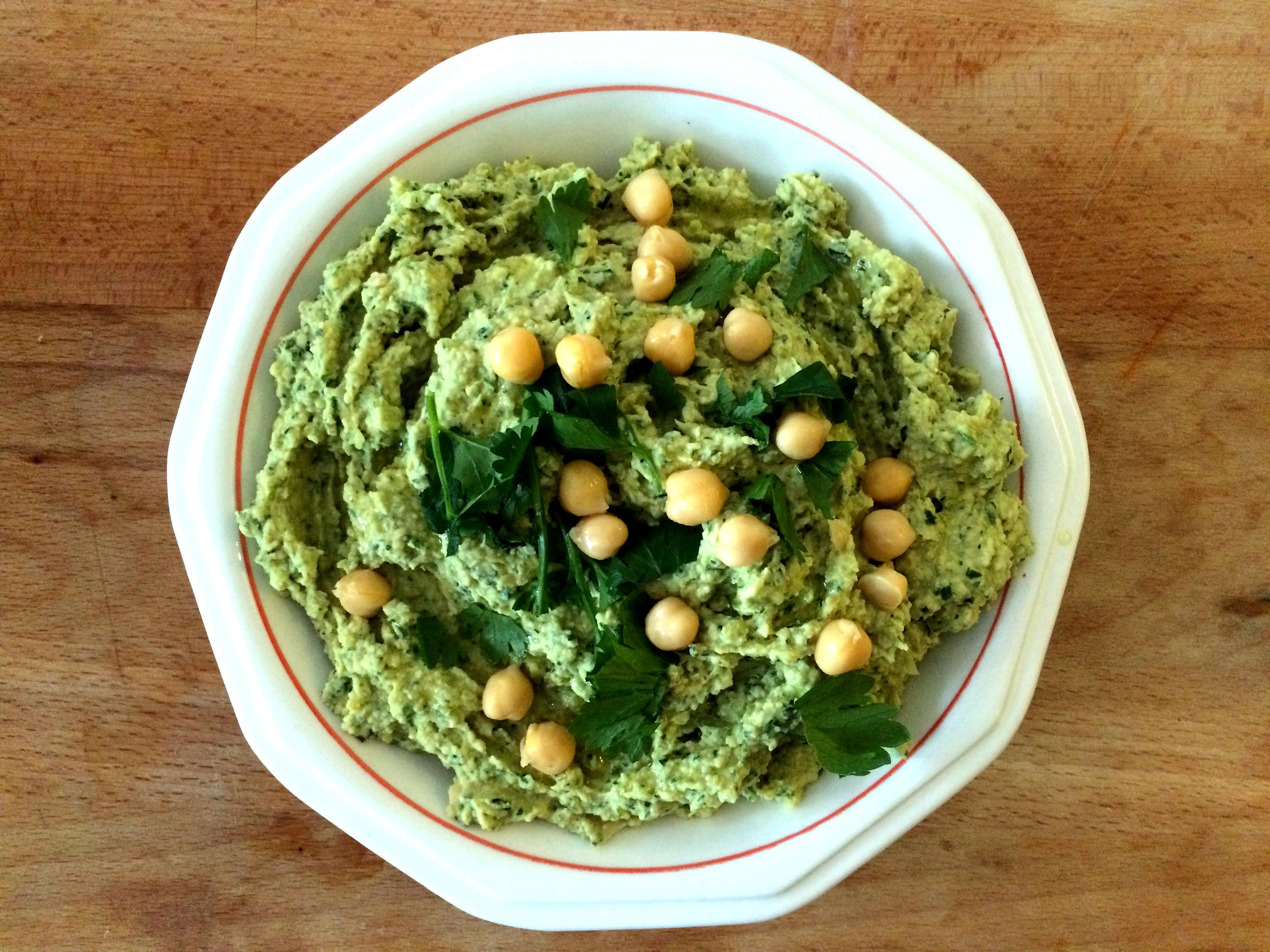 Hummus met gegrilde courgette