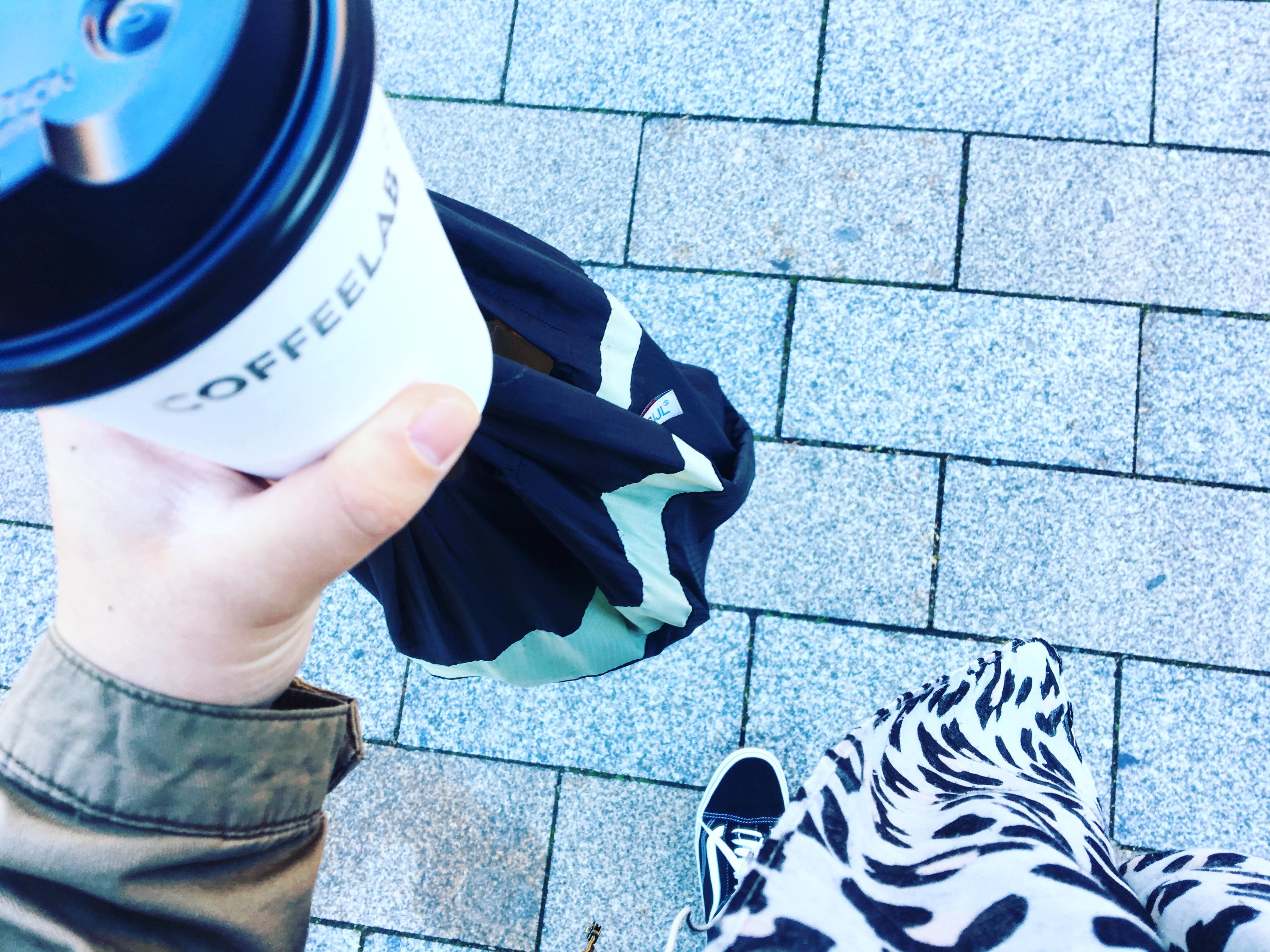Snel een coffee-to-go en dan naar mijn werk