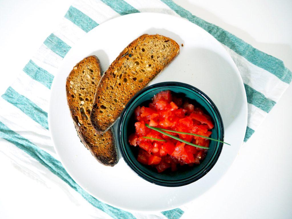 Valenciaans ontbijtje: Pan Con Tomate (Toast met gehakte tomaat)