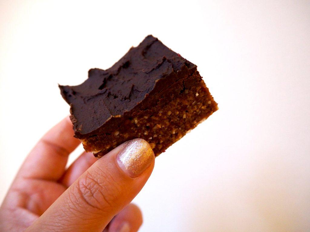 Gezonde snack: chocolade notenkuukske
