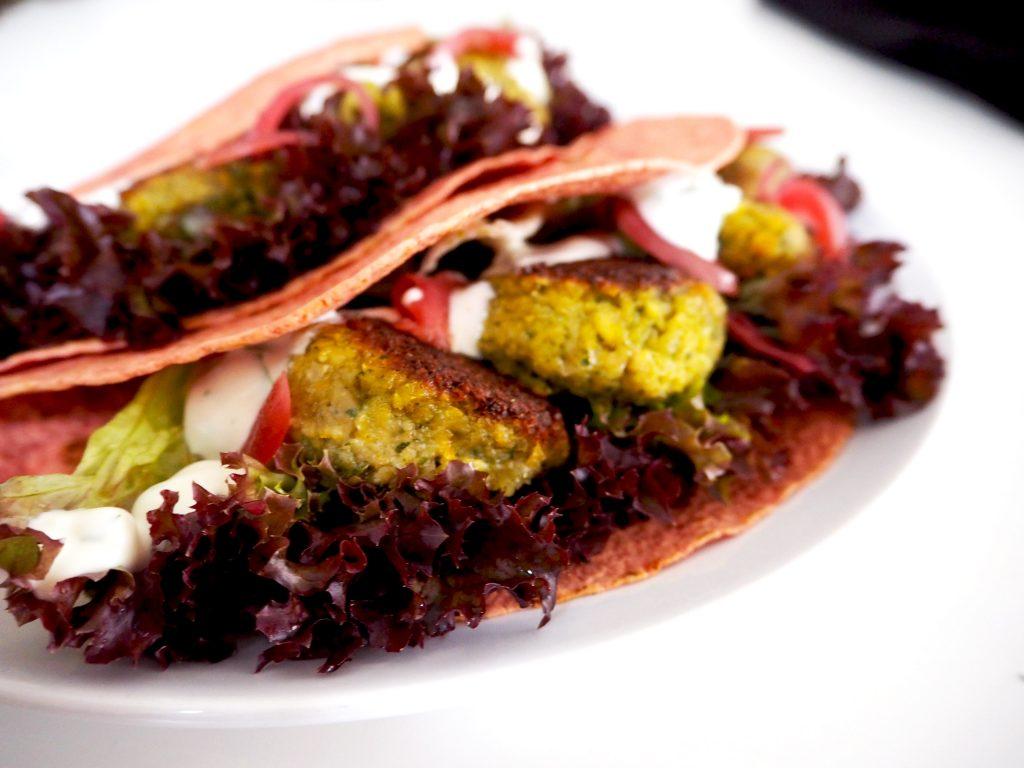 Meatless Monday: Bietenwrap met falafel, voor luie mensen!