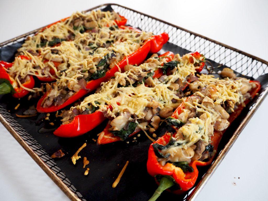 VEGETARISCH: gevulde puntpaprika's met champignons
