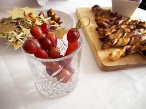 druiven op een stok
