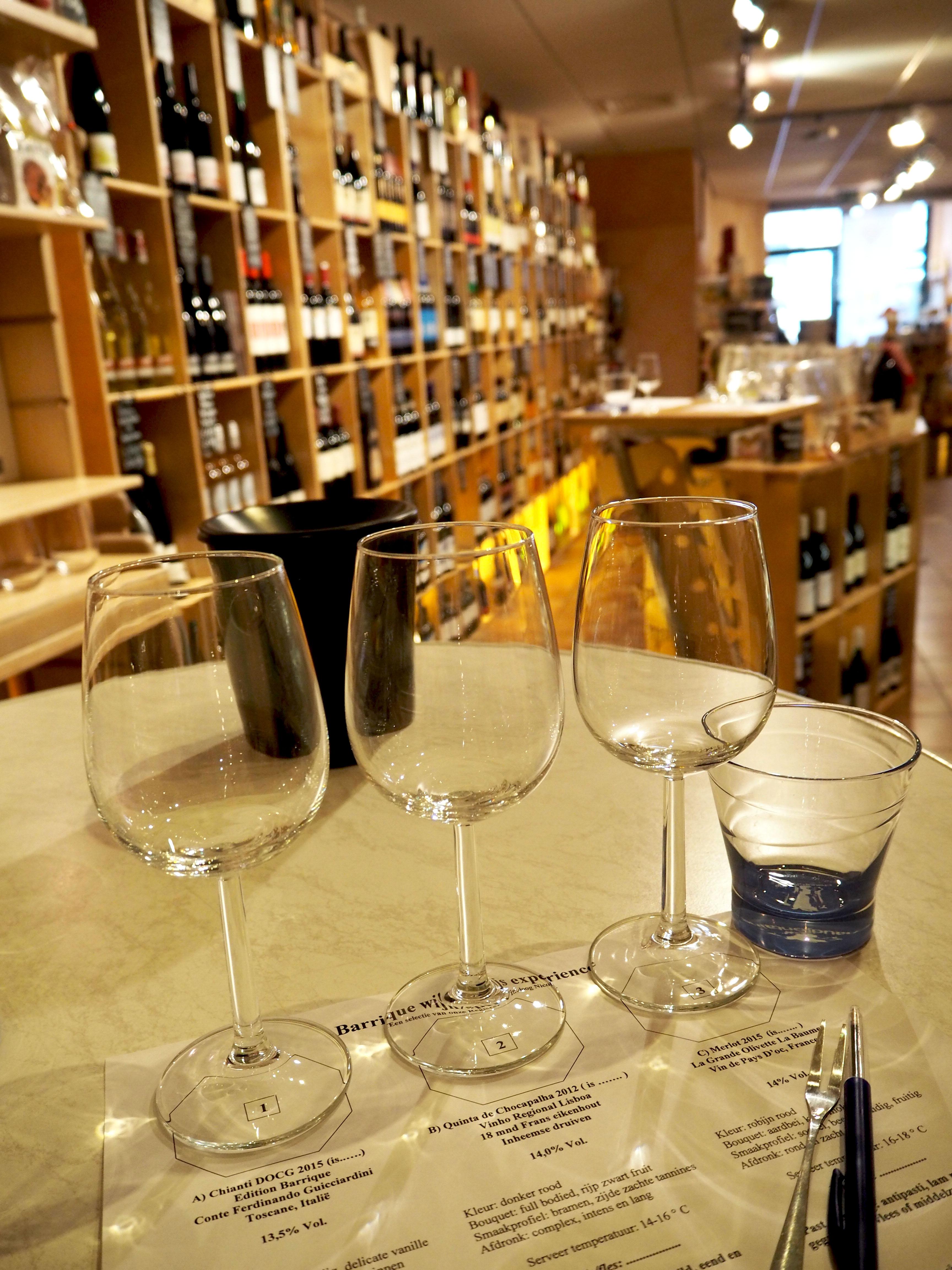 proeverij wijn bij barrique