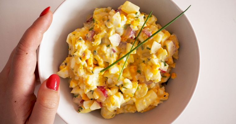 vegetarische eiersalade met asperges en radijs