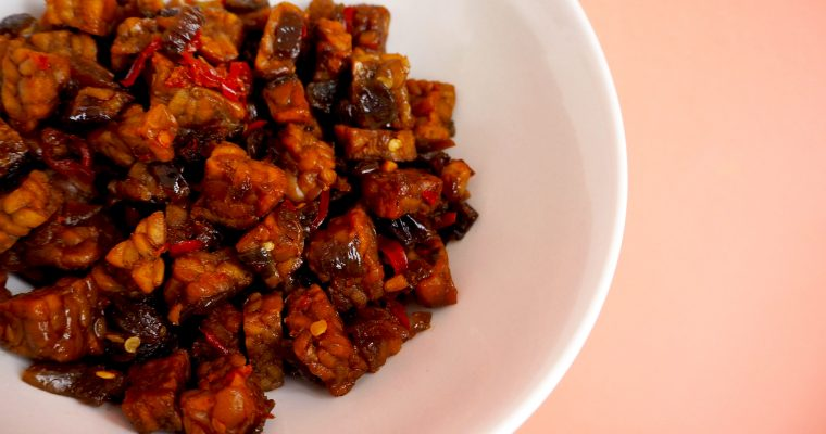 sambal goreng tempeh – Indisch eten
