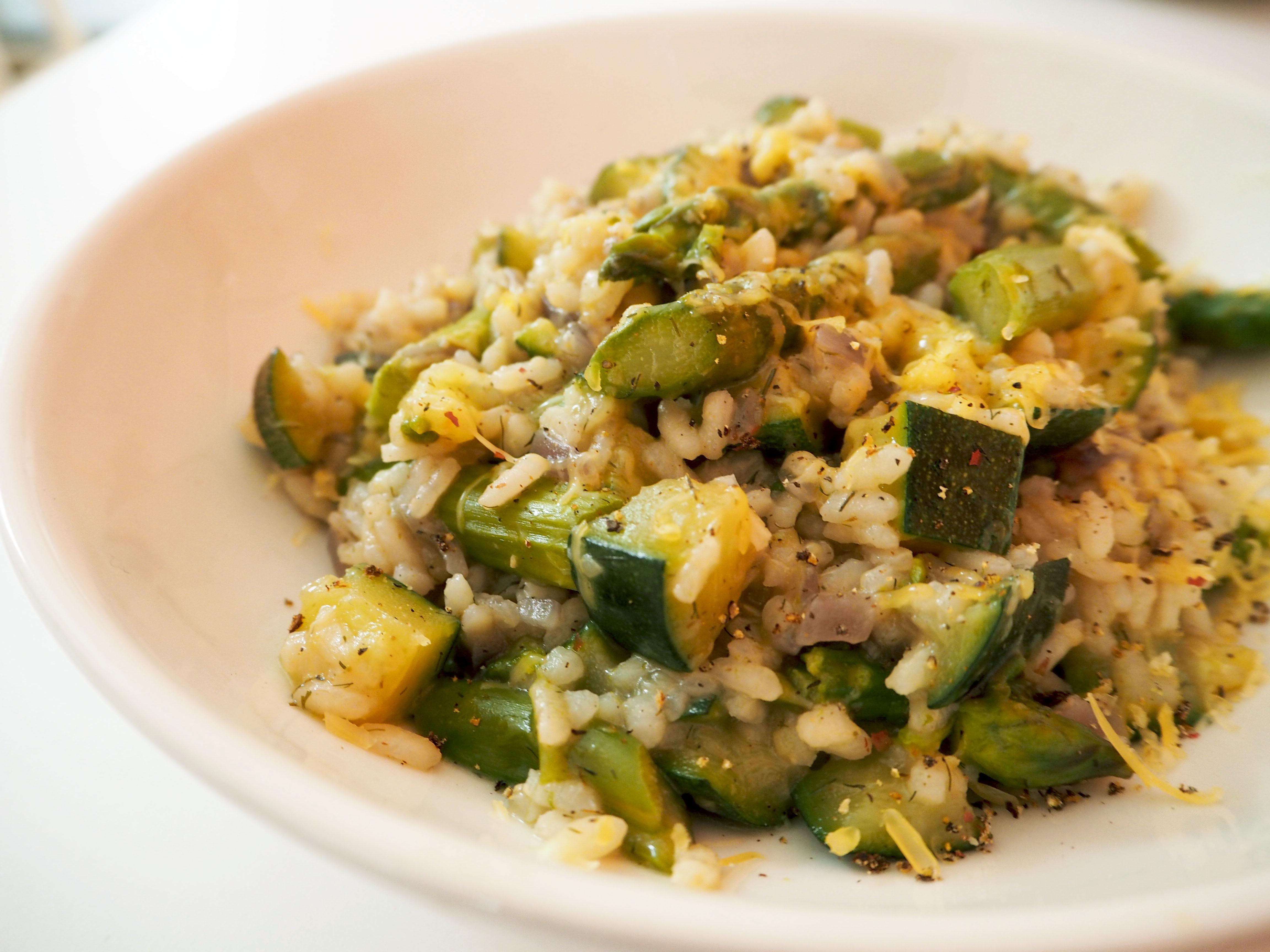 risotto met courgette en groene asperges