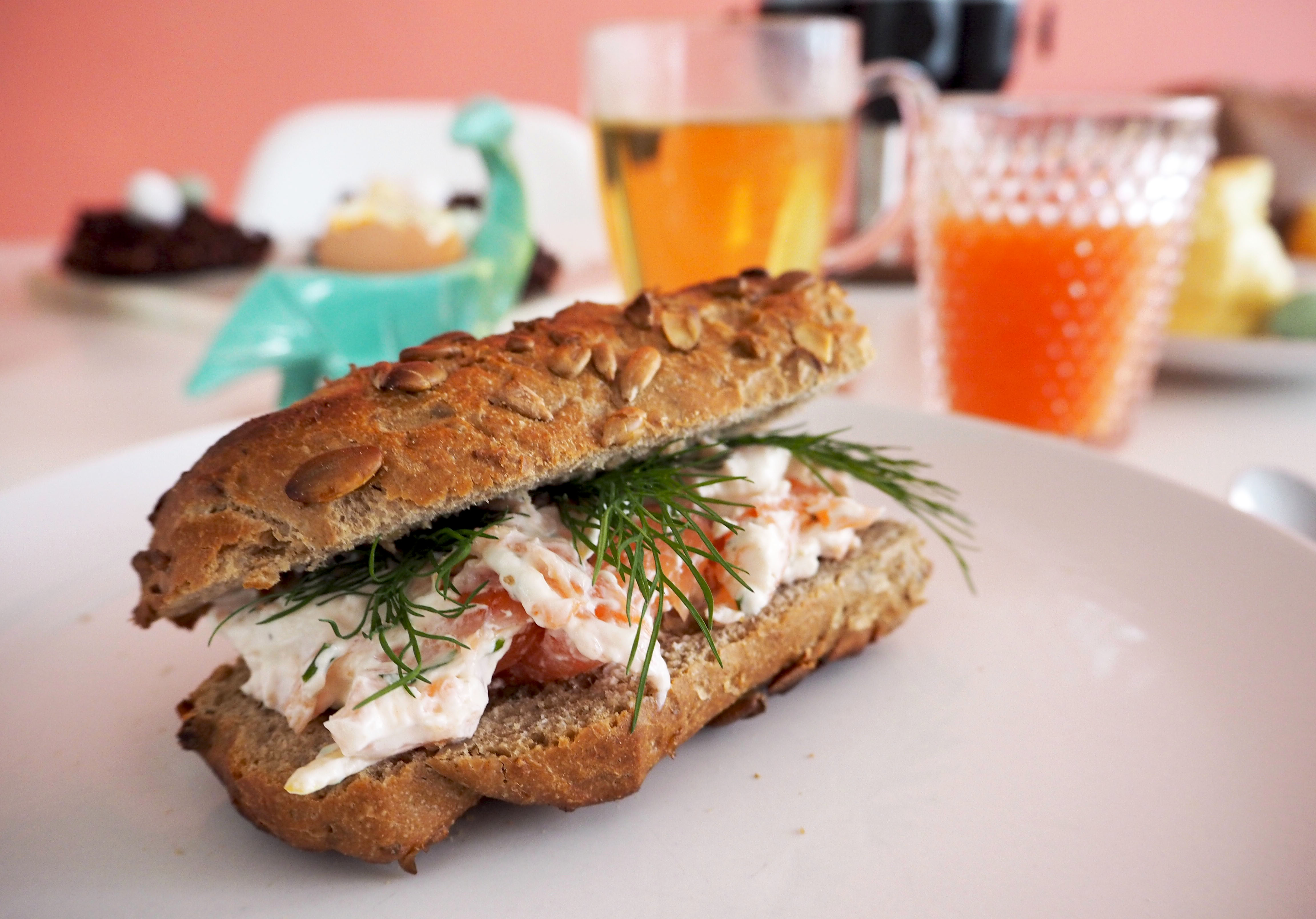 lunchgerecht: zalm- roomkaas spread