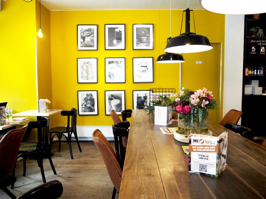 HTSPTS: Douwe Egberts café Den Bosch heeft een toffe makeover gehad