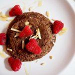 healthy mugcake met havermout en cacao