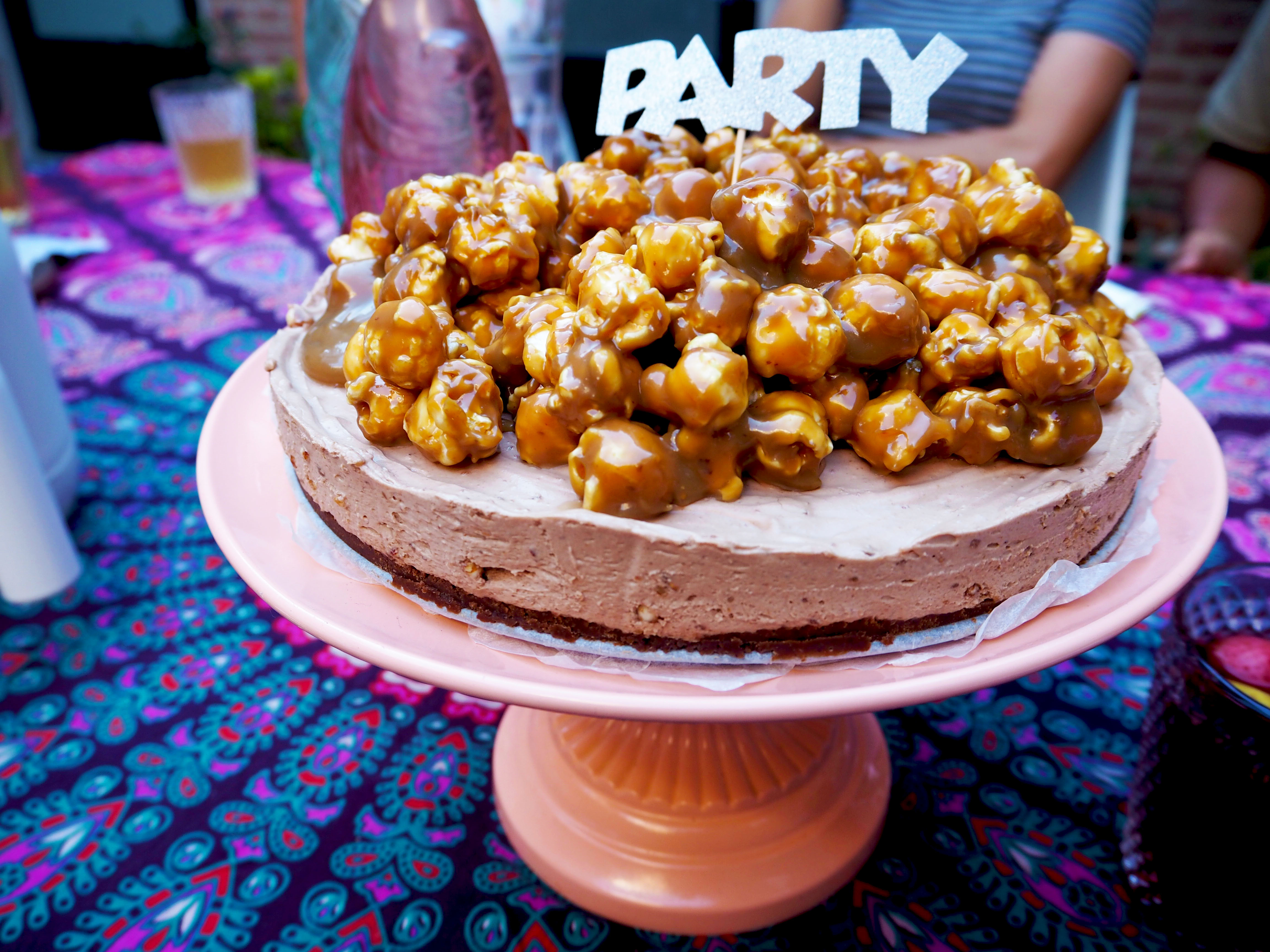 karamel popcorn taart
