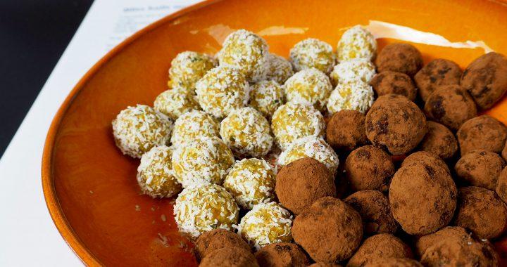 2x Vegan Bliss Balls in de smaken abrikoos havermout en snickers