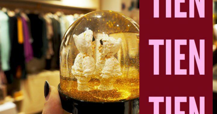 WIN MET KOEKWAUS: Een sneeuwglobe met kersttafereel (AFGELOPEN)
