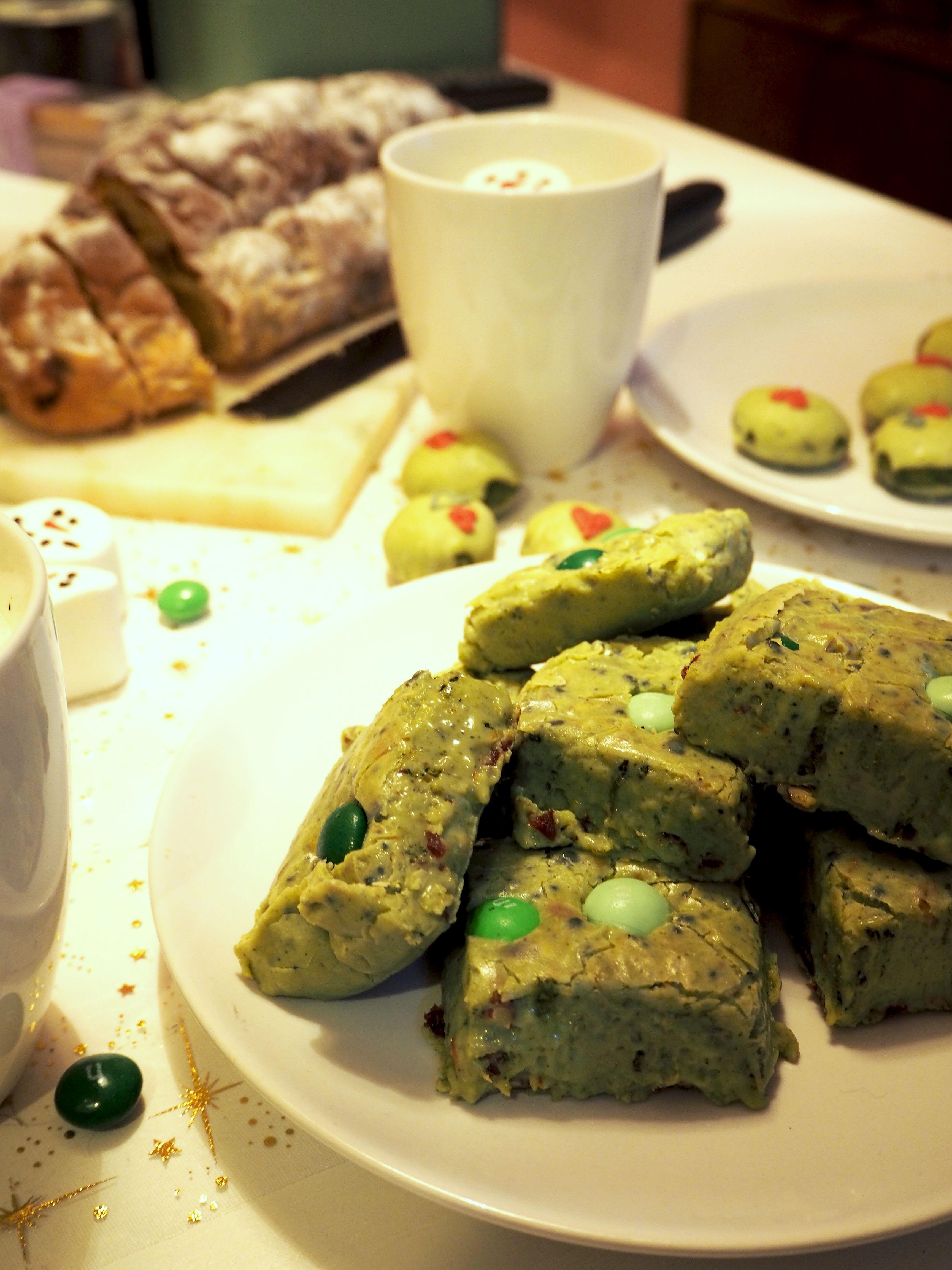 grinch chocolade fudge met matcha groene theepoeder