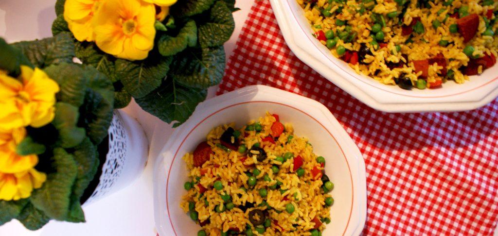 spaanse rijstsalade met chorizo