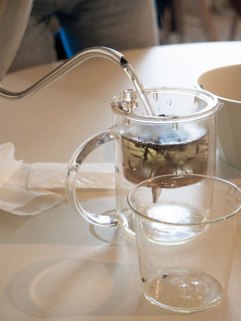hojicha thee (geroosterde groene thee)uit Japan